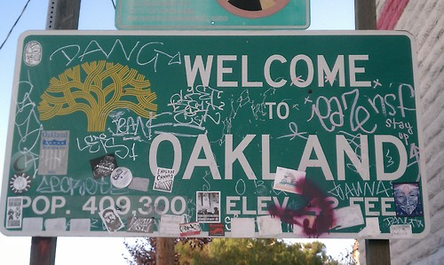 Welcome to Oakland Sign