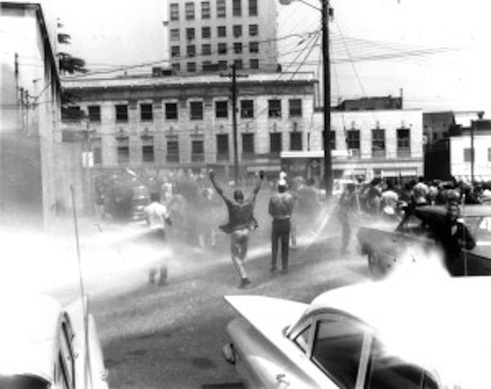 an overview of events critical for success of civil rights movement During the 1950s the struggle for civil rights came to a head at the same time   explore the civil rights movement as part of their studies in american history.