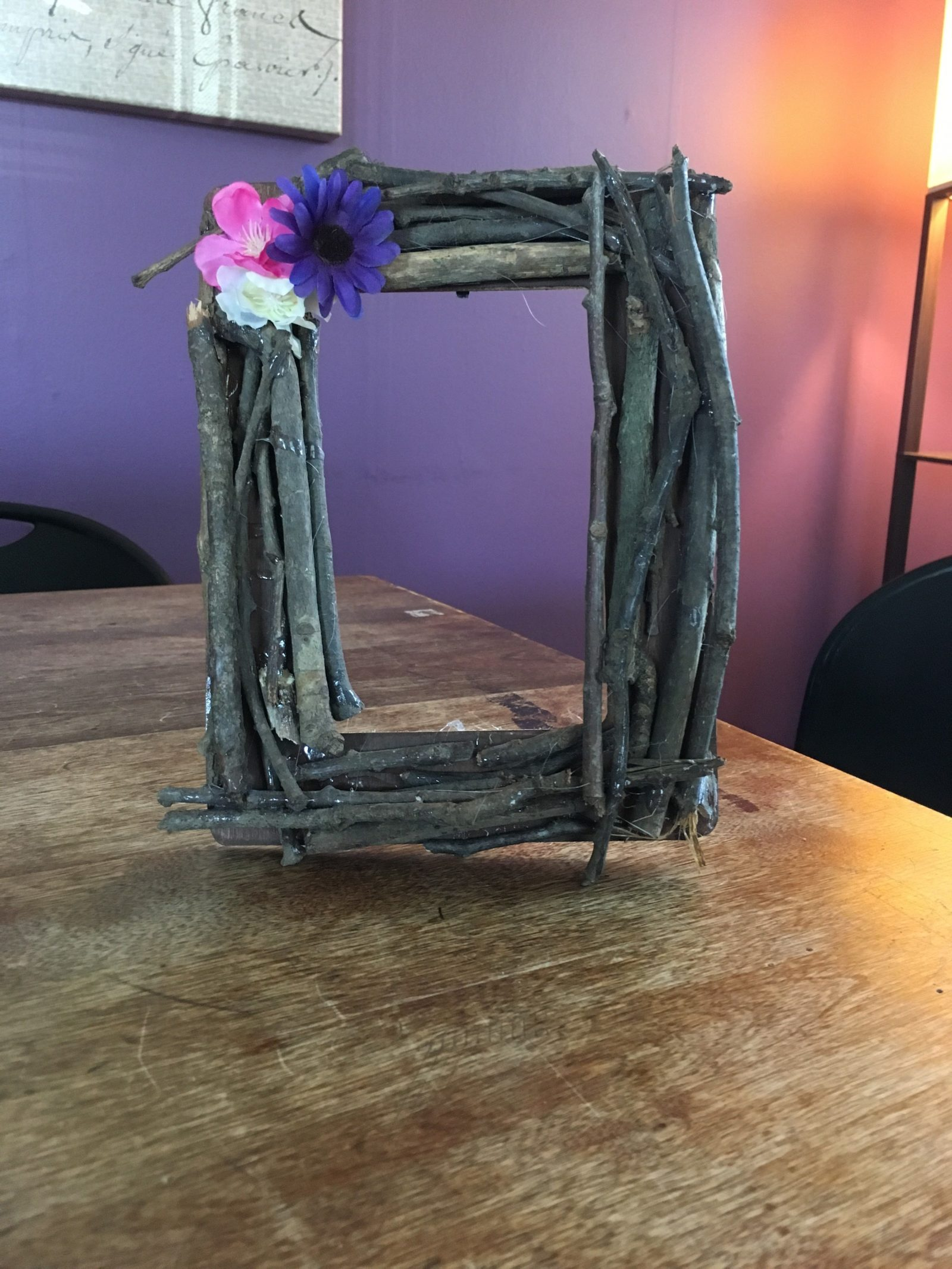 Picture frame made of twigs